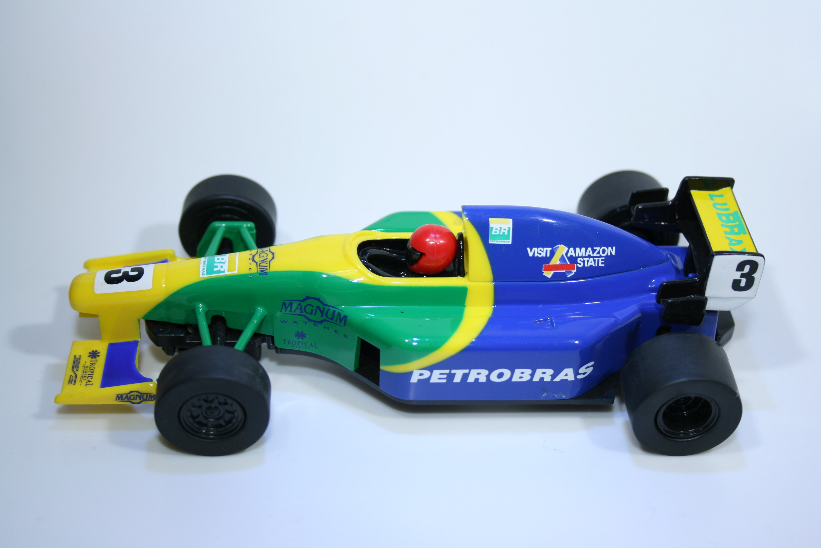 255 Scalextric Team Car Petrobras C2460 2004 Boxed