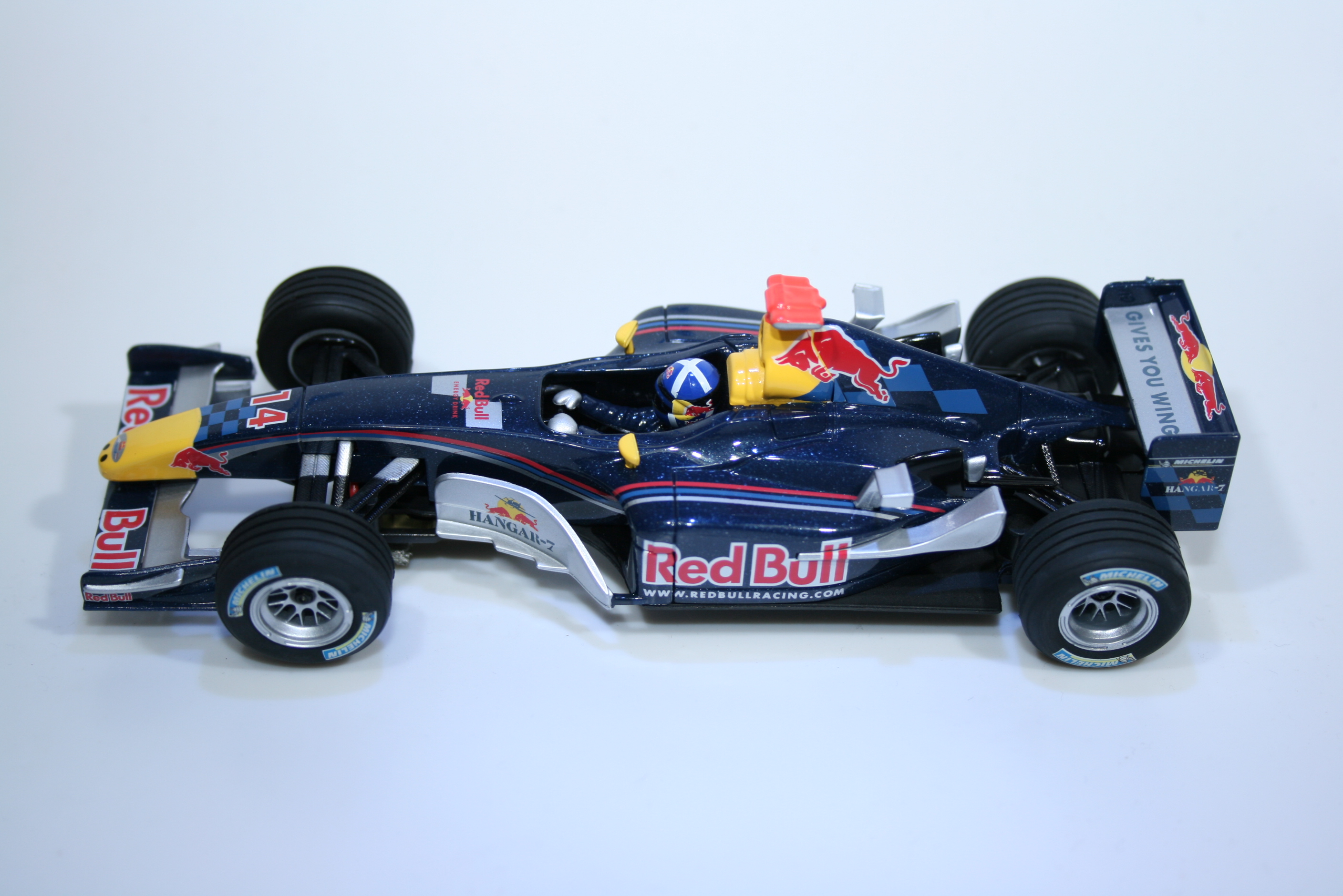 363 Red Bull RB1 2005 D Coulthard Carrera 27111 2006 Boxed