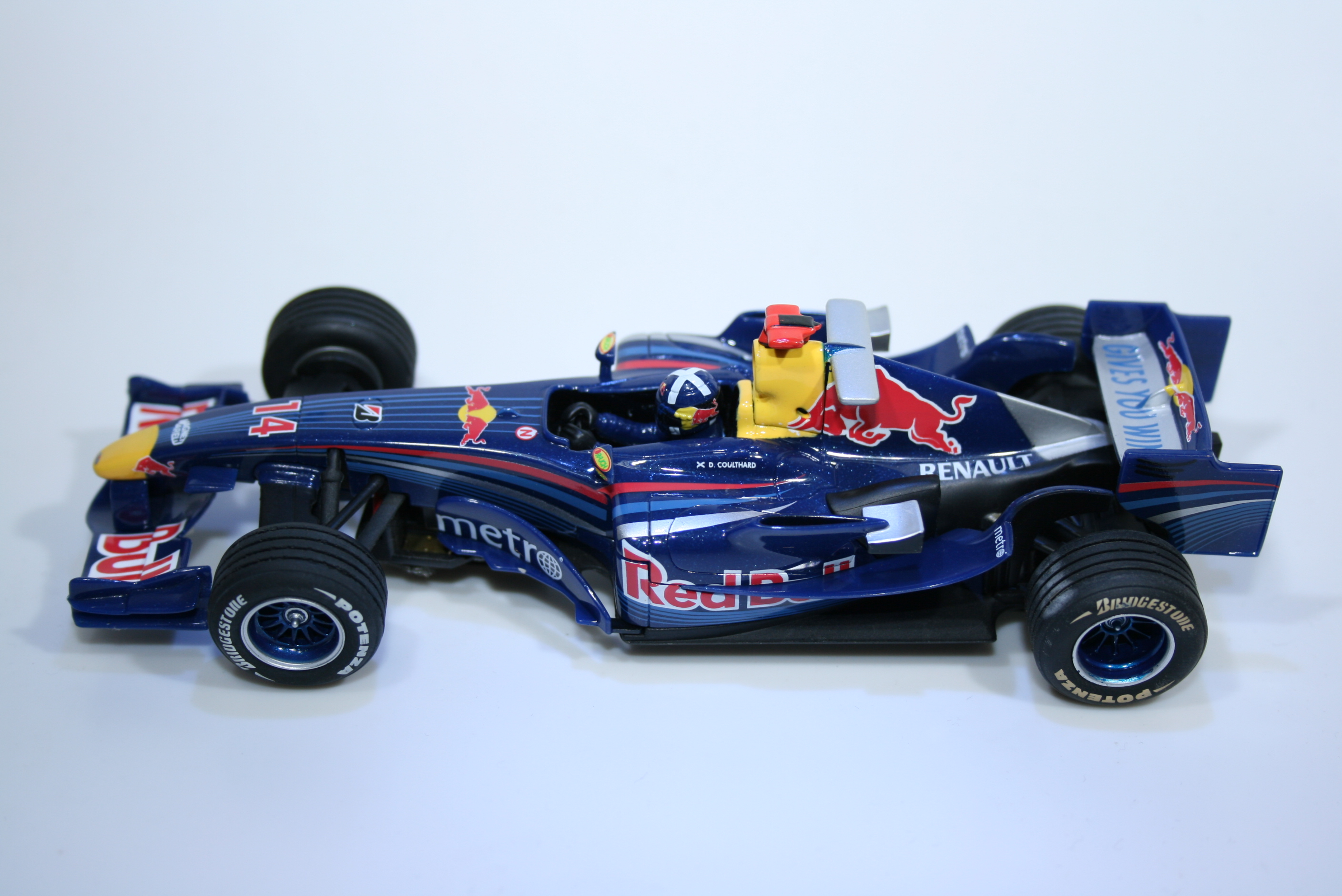 412 Red Bull RB3 2007 D Coulthard Carrera 27182 2007 Boxed