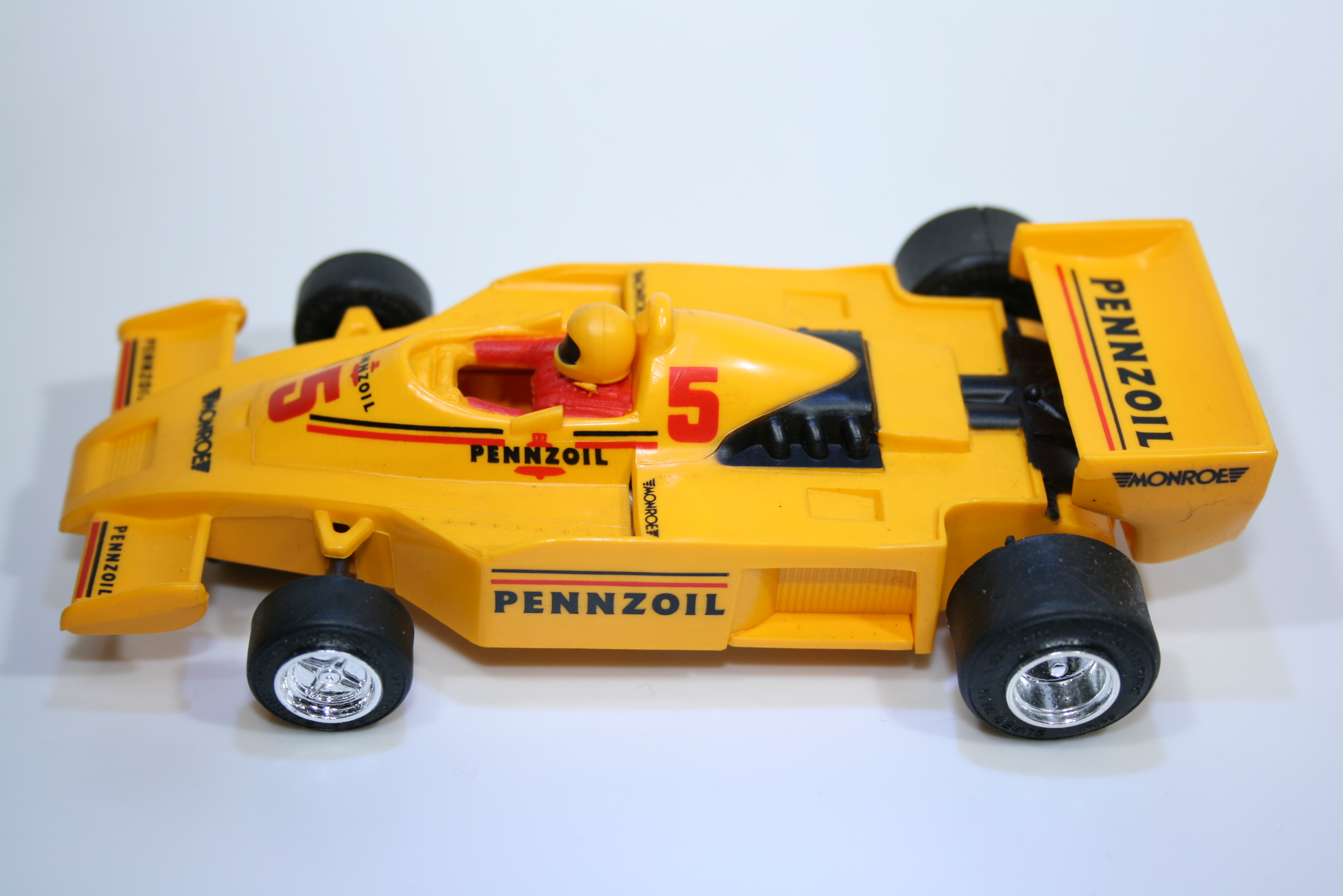 397 Renault RS01 1977-78 J P Jabouille Scalextric C232 1991-92 Boxed