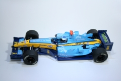173 Renault R24 2004 J Trulli Scalextric C2581 2004 Boxed