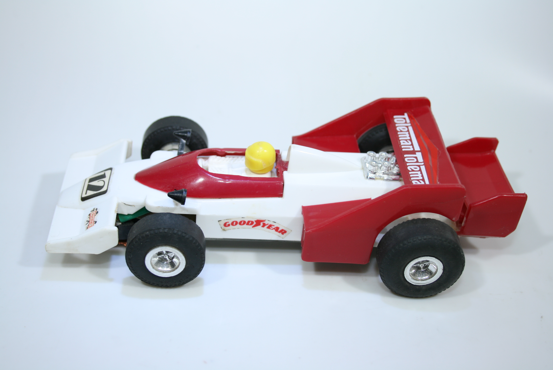 1640 Toleman TG183 1983 D Warwick ITES