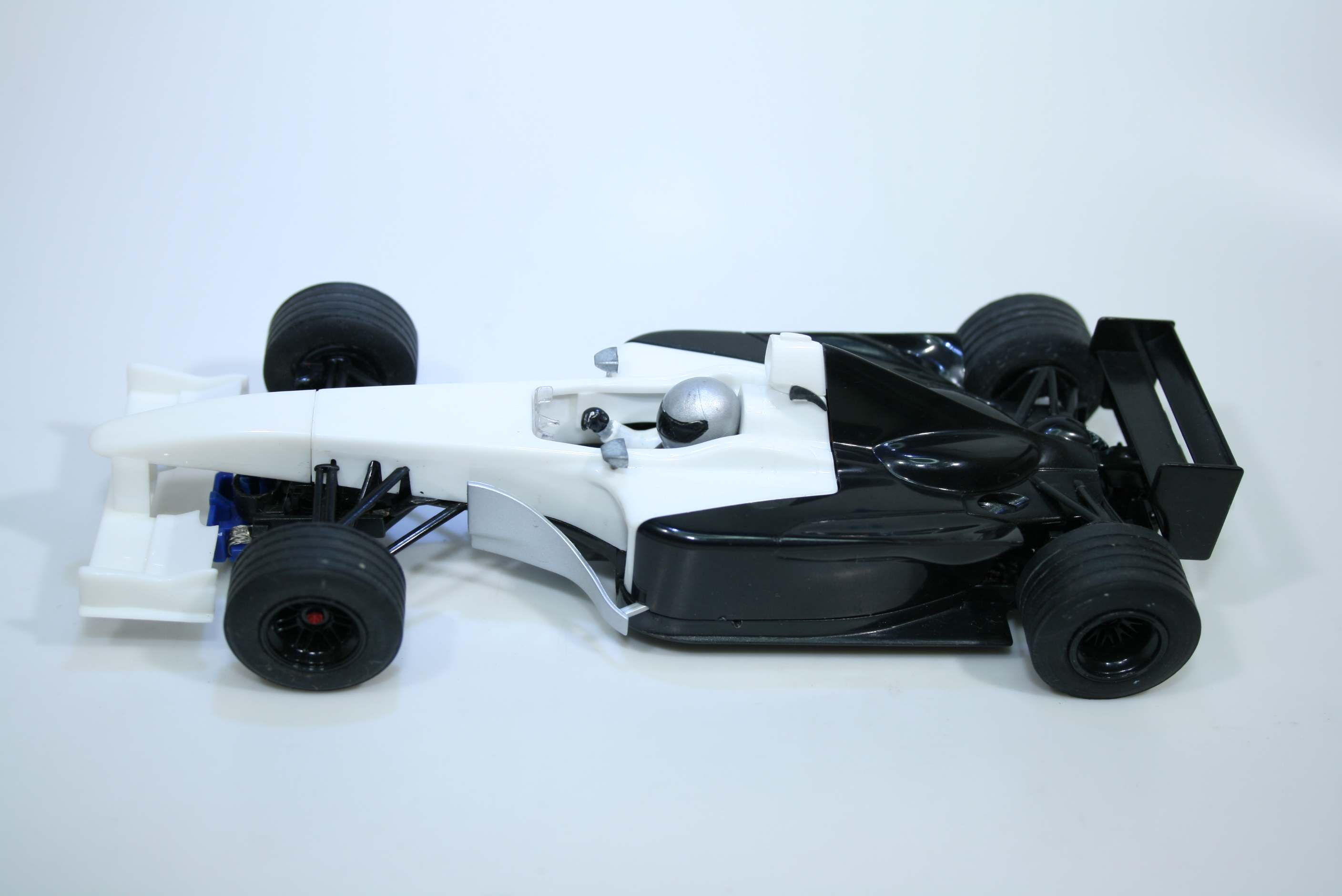 1539 Toyota TF102 2002 M Salo Scalextric C2455 2003 Pre Production