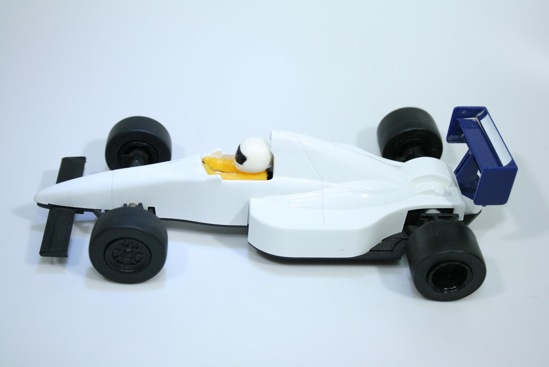 1427 Tyrrell 018 1990 J Alesi Scalextric C430 1990 Pre Production