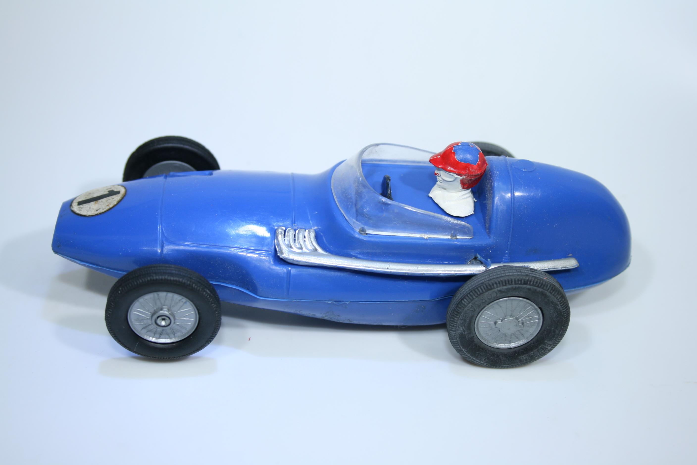 1384 Vanwall VW5 1958 T Brooks National Toys