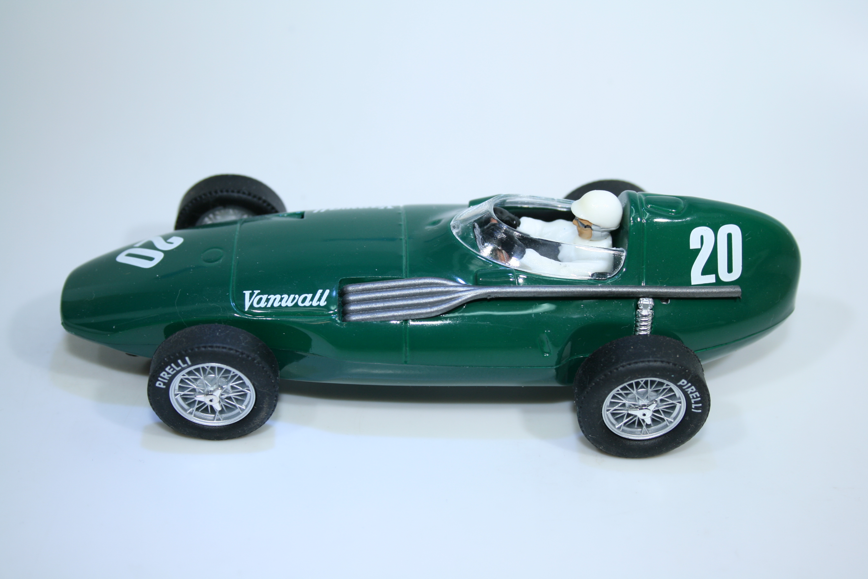 1506 Vanwall VW3 1957 S Moss Cartrix 0015 Boxed