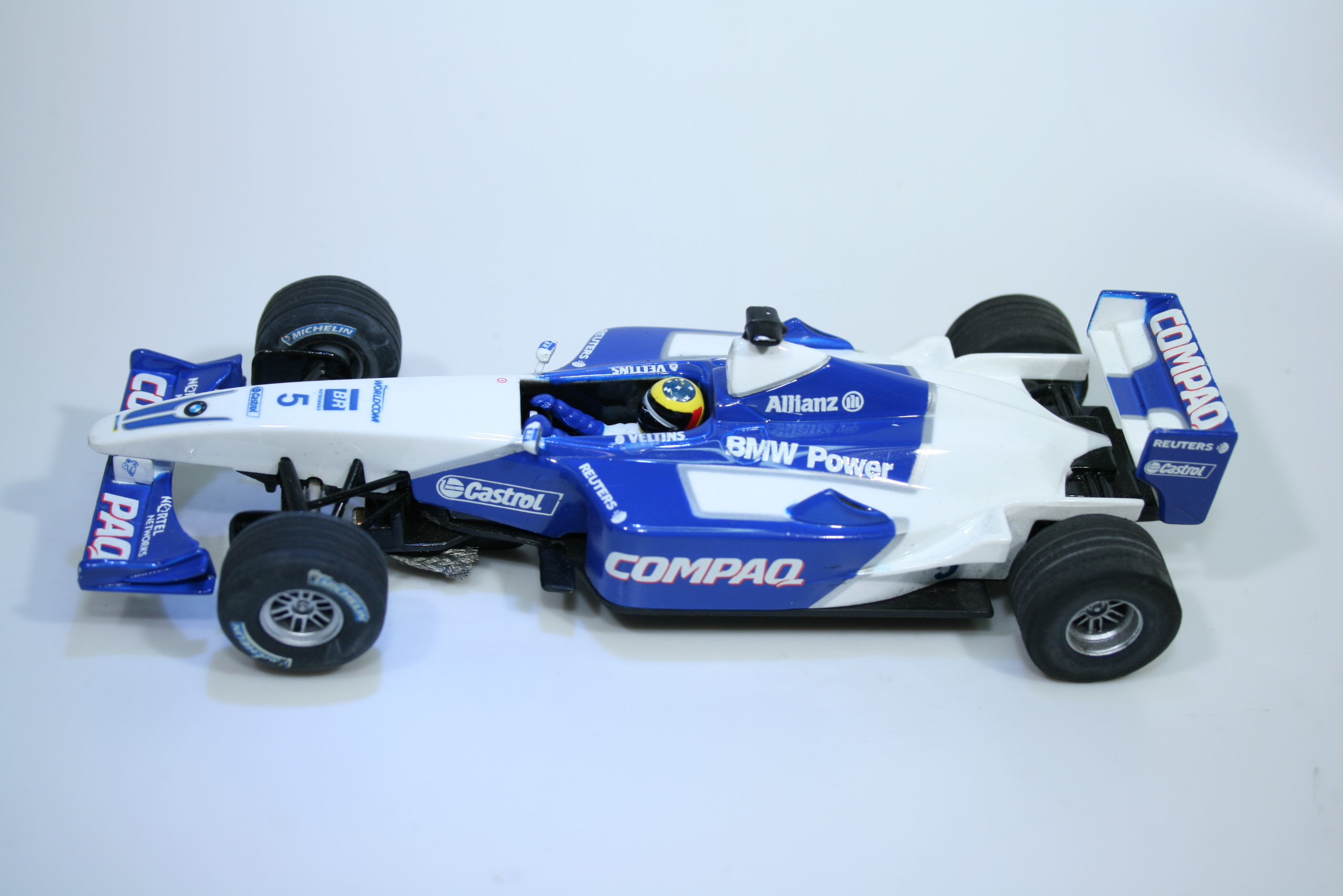1421 Williams FW23 2001 R Schumacher Carrera 25437 2002 Boxed