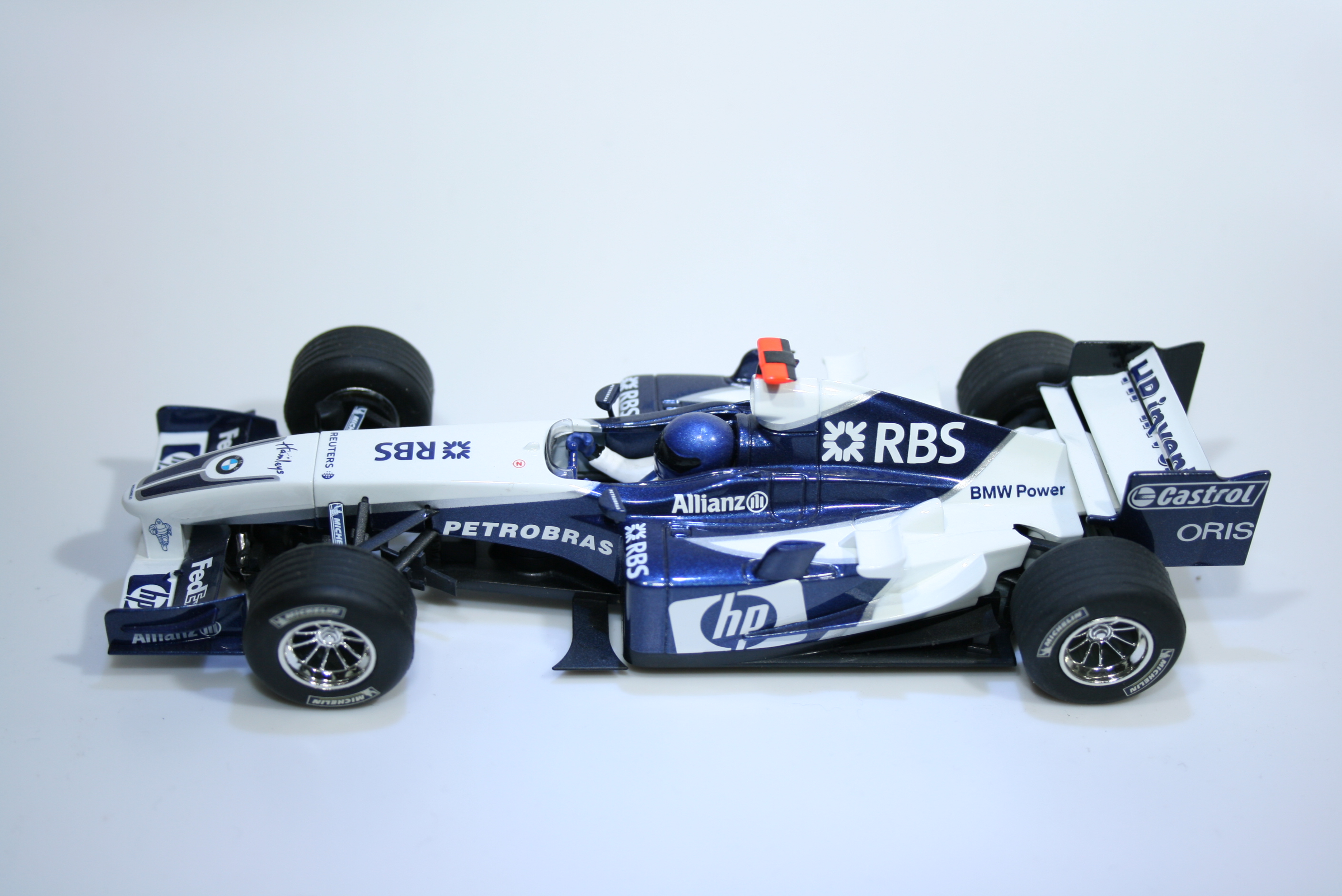 143 Williams FW27 2005 M Webber Scalextric C2646 2005 Boxed
