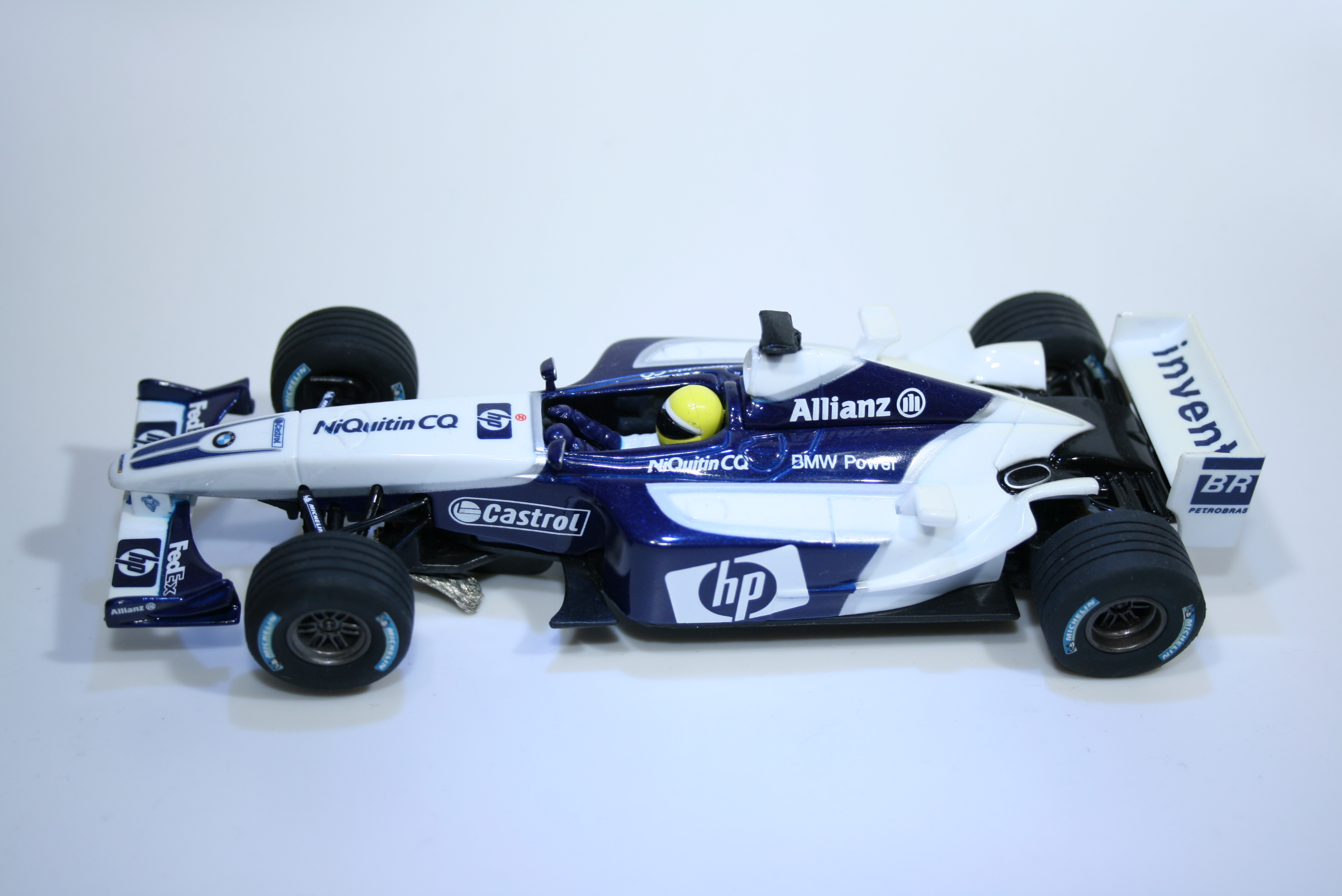 749 Williams FW24 2003 J P Montoya Carrera 25705 2003 Boxed