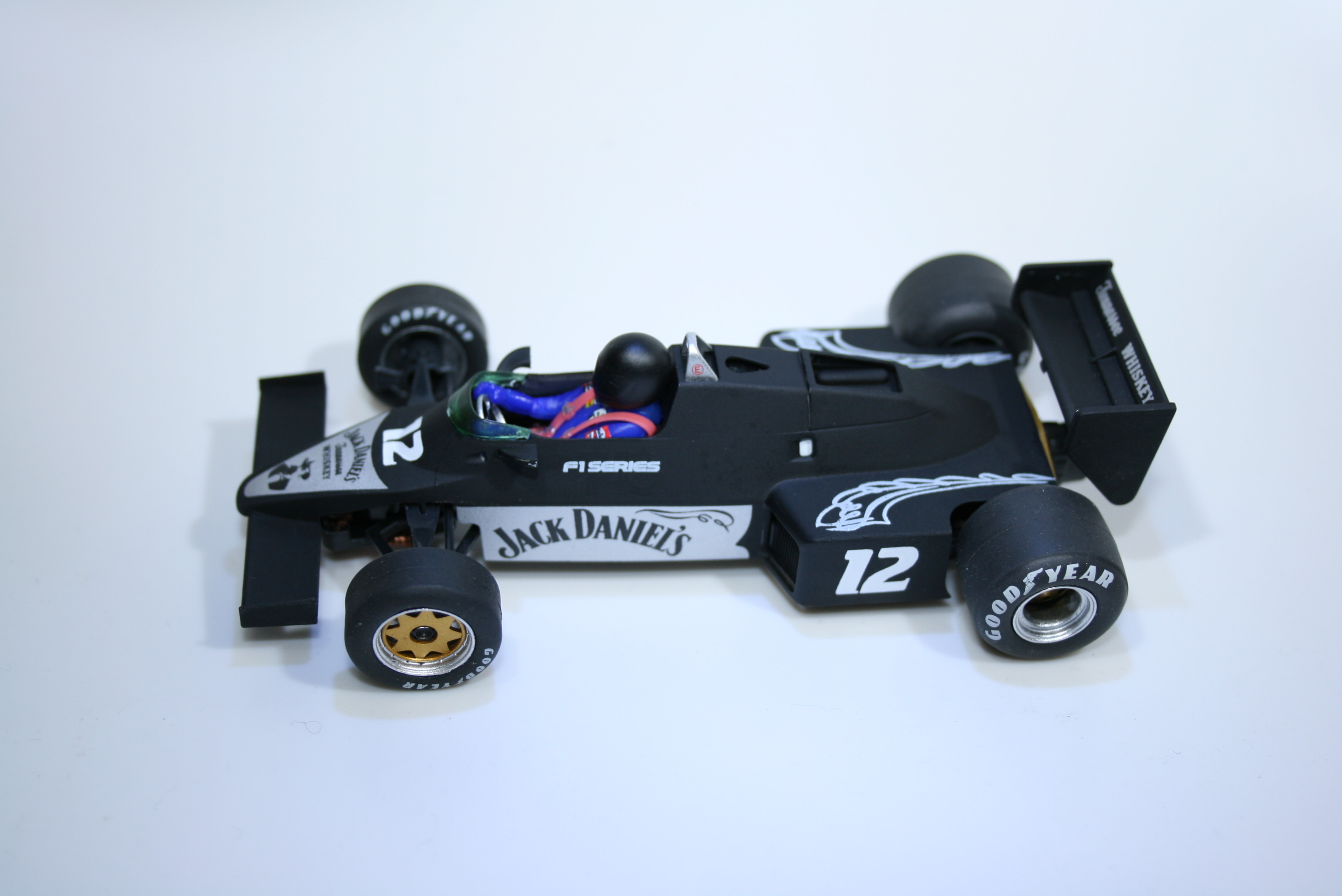 946 Williams FW08C 1983 FLY 40304 Jack Daniels Edition 2017 Boxed